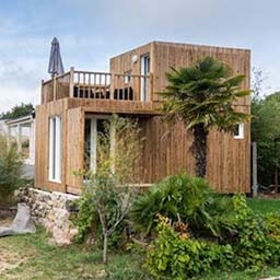 petite maison de jardin en bois